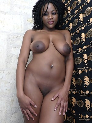 African Big Tits Porn Pictures