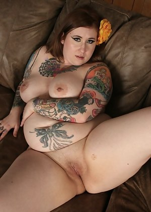 Inked Big Tits Porn Pictures